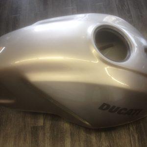 Benzintank Ducati Monster-630